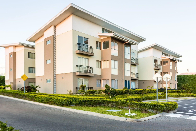 Apartamentos de 2 Habitaciones en Torre Alajuela Centro. DESDE $700