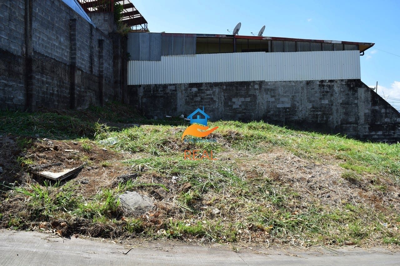 Venta de Lote en San Josecito de San Rafael, Heredia