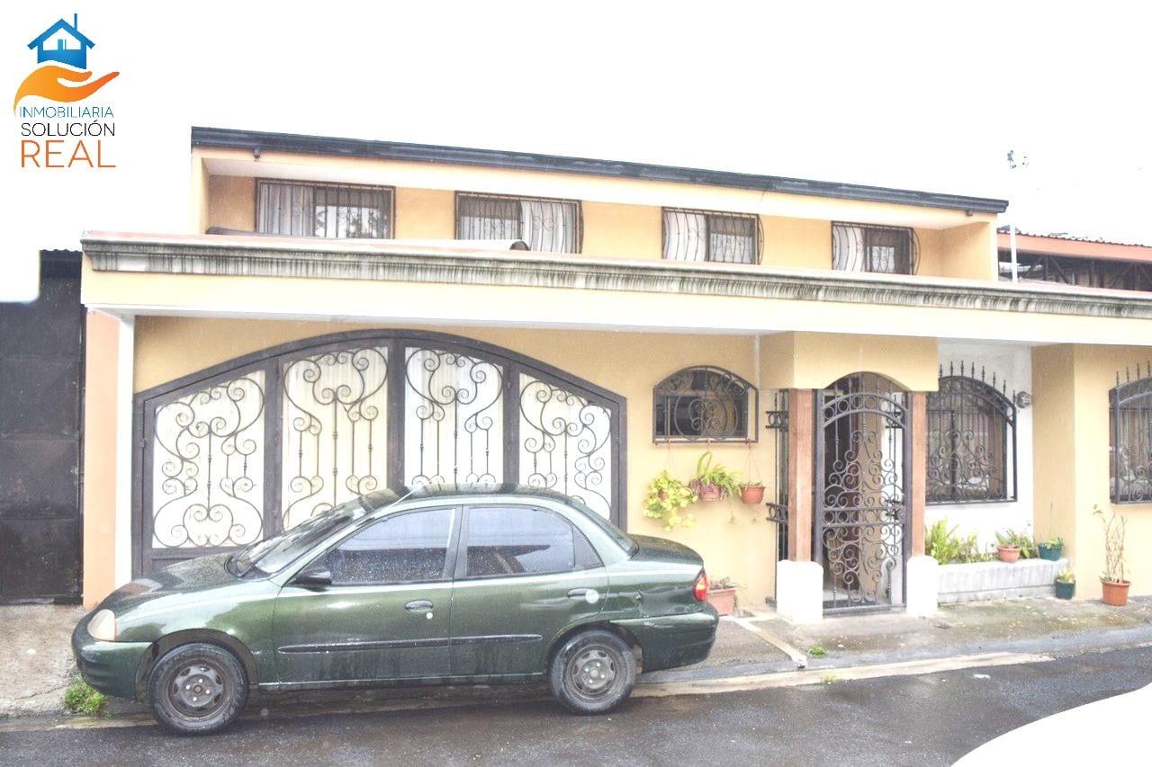 Se Vende Casa en San Josecito de San Rafael de Heredia