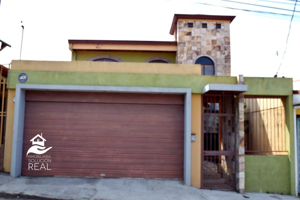 Se Vende Casa San Rafael Heredia Amplia, Iluminada Y Ventilada